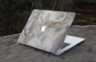 Stone Collection van Bambooti op MacBook.