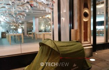 apple-iphone-6-queue-regent-street-london-launch