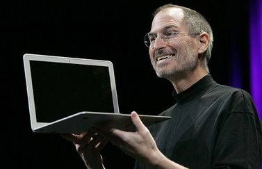 Steve Jobs met MacBook Air