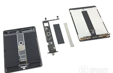 iPad Air 2019 teardown van iFixit.