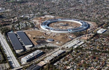 Apple Campus 2 spaceship december 2016