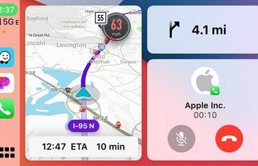 Waze CarPlay in Split View