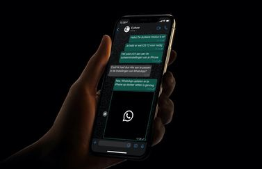 WhatsApp dark mode voor iOS.