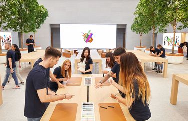 Apple Piazza Liberty medewerkers