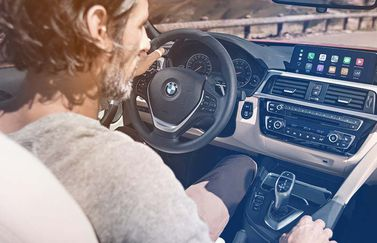 BMW met CarPlay in systeem.