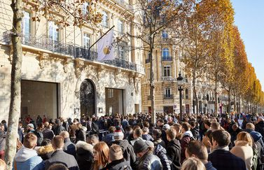 Apple Champs Elysees