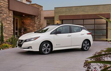 Nissan Leaf met CarPlay