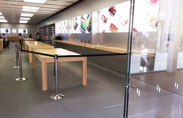 Vernieling in Apple Store Dijon.