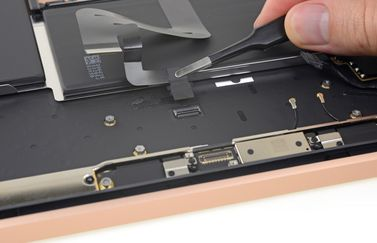 iFixit MacBook Air 2018 teardown