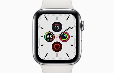 Apple Watch Series 5 met Meridian wijzerplaat in wit.