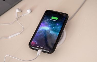 Mophie Juice Pack Access opladen.