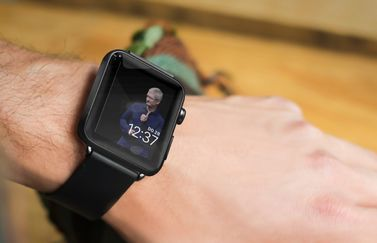 Tim Cook op Apple Watch-wijzerplaat.