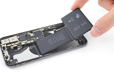 iFixit batterij in iPhone