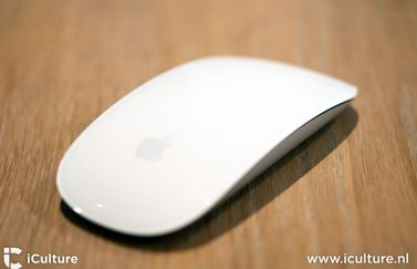 Apple Magic Mouse 2 review: nieuwe muis van de zijkant
