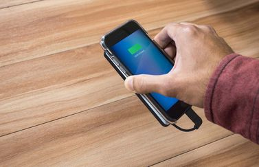 Mophie Hold Force met Powerstation voor de iPhone 7.